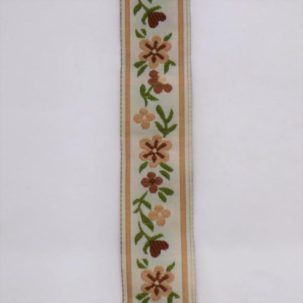 Biela stuha s béžovými kvietkami 2 cm